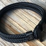 Paracord bracelet with hook